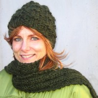H-6 Harris Tweed Hat & Scarf PDF