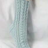 Gardiner Yarn Works Cabled Lace Socks PDF
