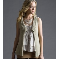 Mother's Day Ruffle-Collar Vest (Free)