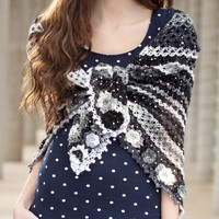 Flowers Edge Crochet Shawl (Free)