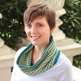 Valley Yarns 601 O'Quinn Cowl